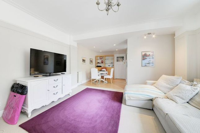 Thumbnail Flat to rent in Witley Court, Coram Street, London