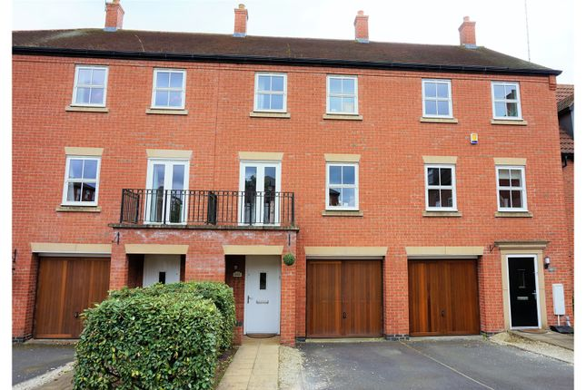 Thumbnail Town house for sale in Nether Hall Avenue, Great Barr, Birmingham