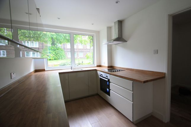 Thumbnail Terraced house to rent in Dowdeswell Road, Roehampton