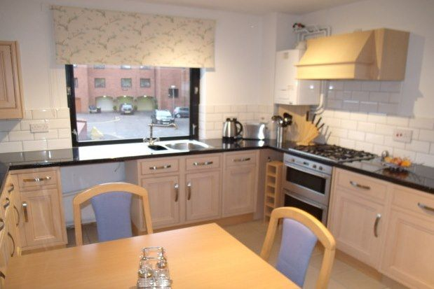 1 bed flat to rent in Ascot Court, Glasgow G12