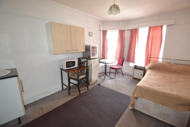 Thumbnail Detached house to rent in Highland Crescent, Redland, Bristol