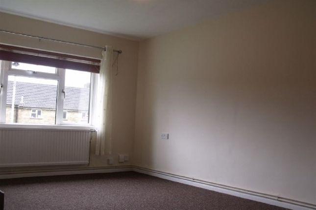 Thumbnail Flat to rent in Mendip Grove, Gunthorpe, Peterborough