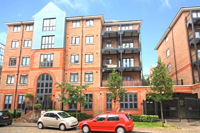 Thumbnail Flat for sale in Cannons Wharf, Tonbridge