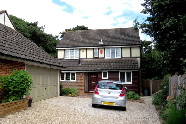 Thumbnail Detached house for sale in Kingswood Close, Billericay