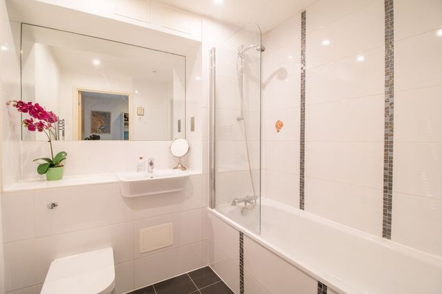 Bathroom 1 of Lily Close, Pinner HA5