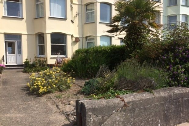 Thumbnail Flat to rent in West End Parade, Pwllheli