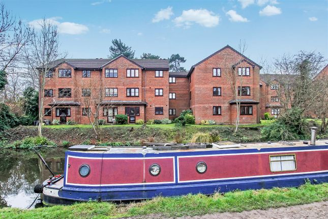 Thumbnail Flat for sale in Old Mill Gardens, Berkhamsted
