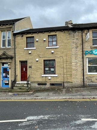 4 bed terraced house to rent in Greenhead Road, Huddersfield HD1