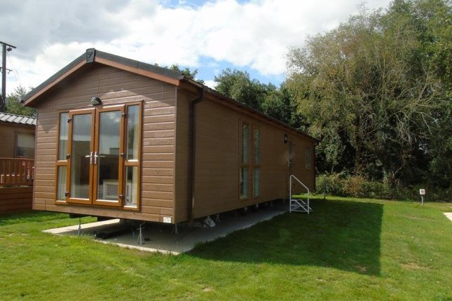Thumbnail Lodge for sale in Straight Road, East Bergholt, Colchester