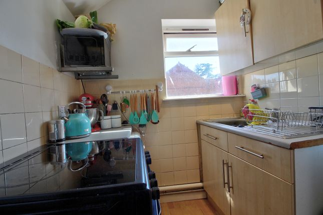 Kitchen of Prince Of Wales Avenue, Reading RG30