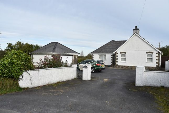 3 bed detached bungalow for sale in Blaenffos, Boncath SA37