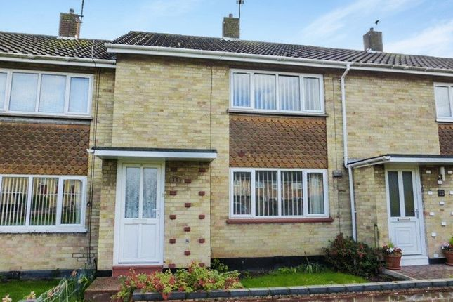 2 bed terraced house for sale in Castleton Close, Lowestoft