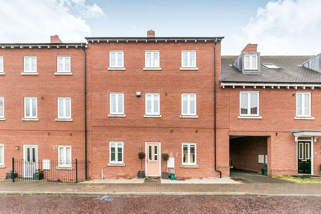 Thumbnail Terraced house for sale in Little Foxburrows, Colchester