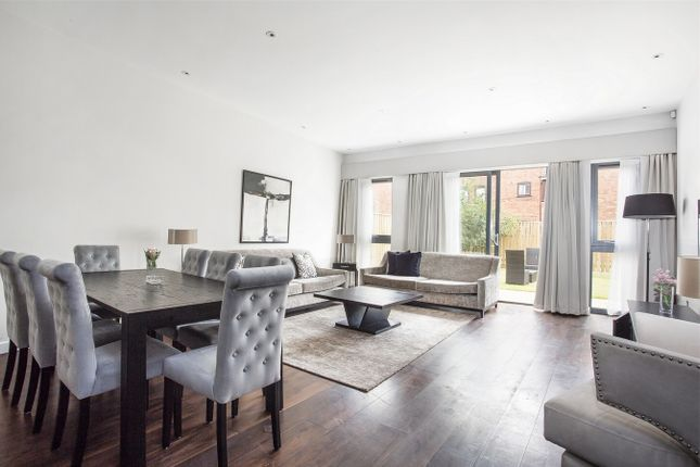 Thumbnail Terraced house for sale in The Crescent, Gunnersbury Mews, Chiswick, London
