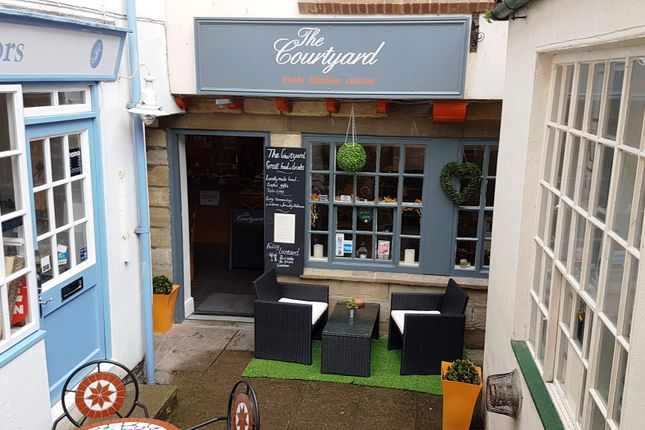 Restaurant/cafe for sale in Whitby YO21, UK