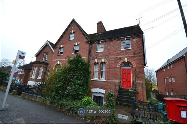 Flat to rent in Greenstead Road, Colchester