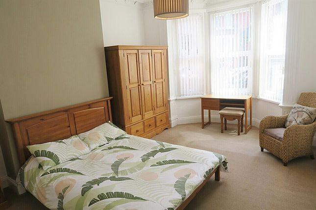 Bedroom No. 1 (Front)