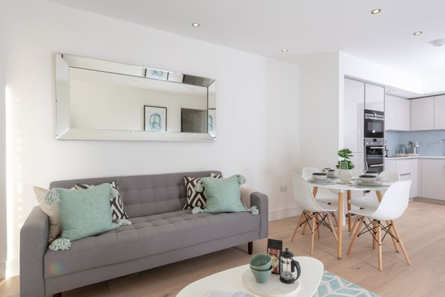 Thumbnail Flat for sale in Tavistock Road, London