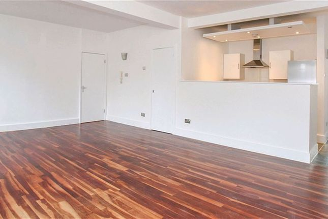 Thumbnail Flat to rent in Sunlight Square, London