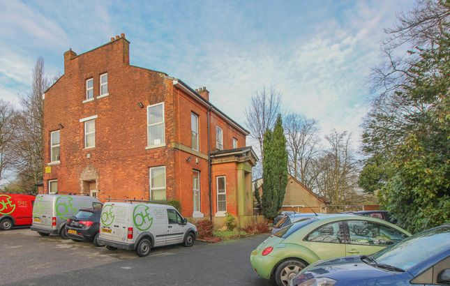 Thumbnail Office to let in Bury New Road, Manchester