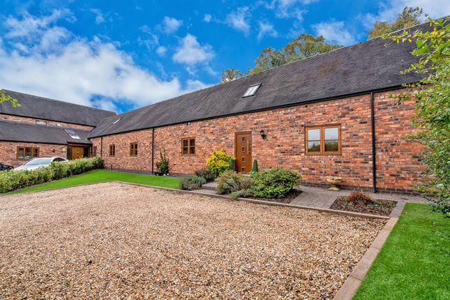 Thumbnail Barn conversion to rent in Lodge Lane, Cannock
