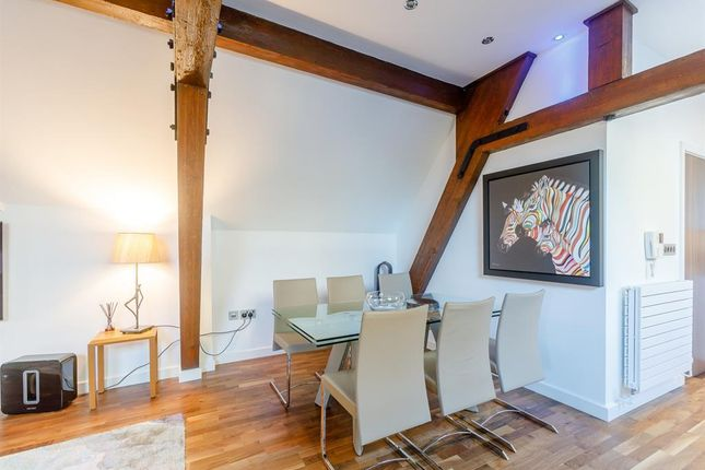 Dining Area of Manera Apartments, 46 King Street West, Manchester M3
