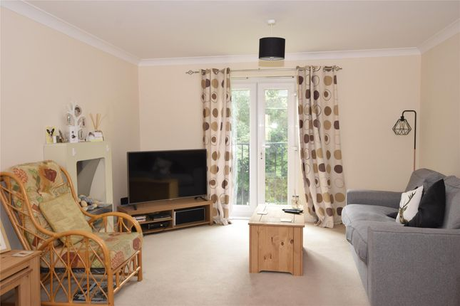 Thumbnail Flat to rent in Windrush Quay, Witney
