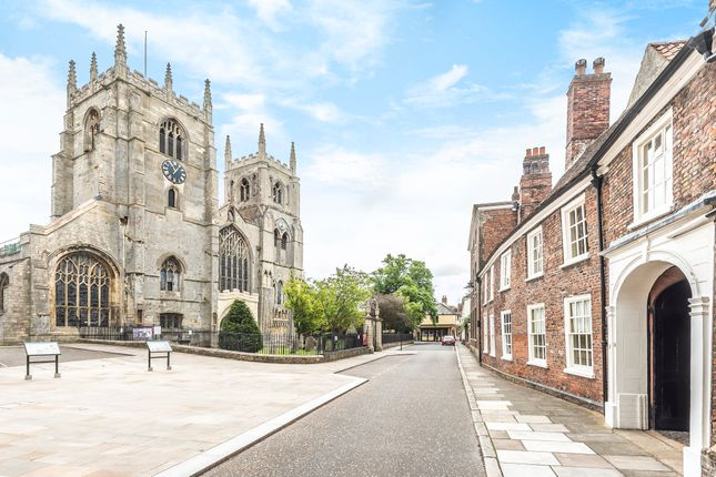 Thumbnail Town house for sale in St Margarets Place, Kings Lynn, Norfolk