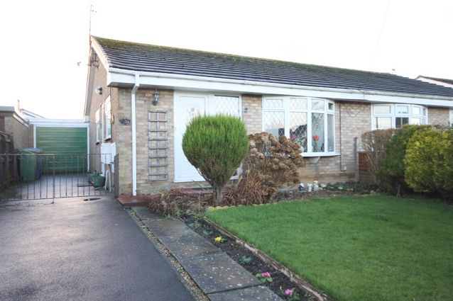 Thumbnail Semi-detached bungalow for sale in Fountayne Road, Hunmanby, Filey