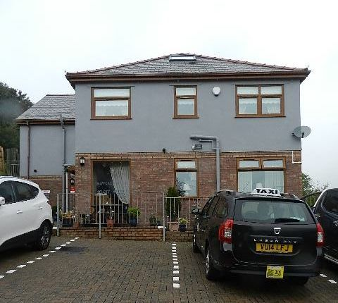 Thumbnail Hotel/guest house for sale in Stow Hill, Treforest, Pontypridd