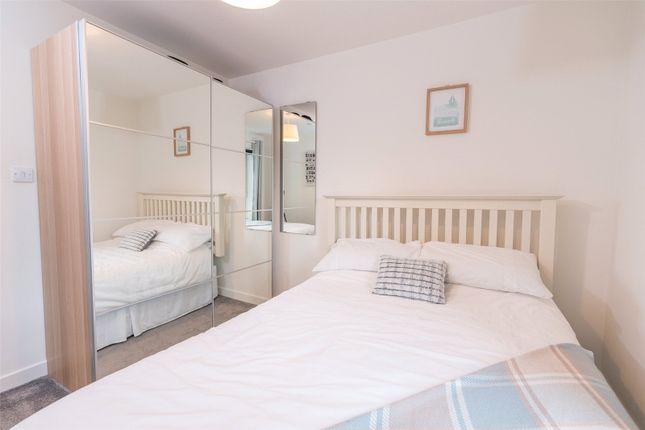 Bedroom 2 Alt of Lochend Park View, Edinburgh EH7
