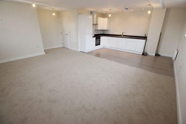 Thumbnail Property to rent in Old School Lane, Pontypridd