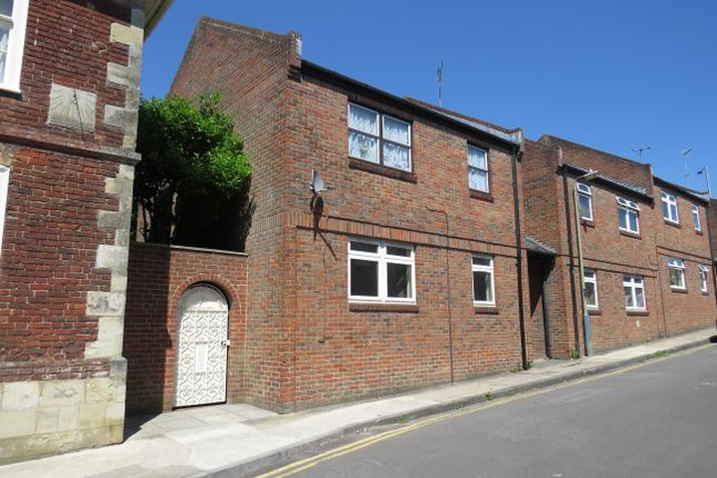 Thumbnail Flat to rent in Paynes Hill, Salisbury