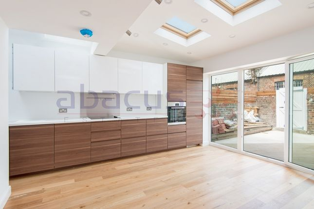 Thumbnail Flat for sale in Gf Garden Flat, Valliere Road, College Park