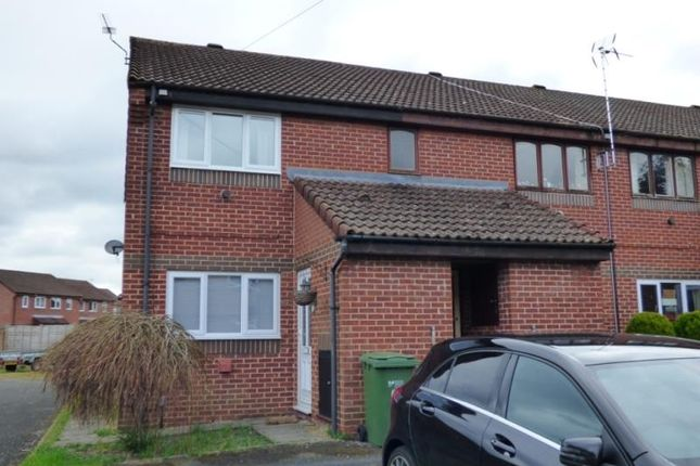 Thumbnail Flat to rent in Maple Close, Hardwicke, Gloucester