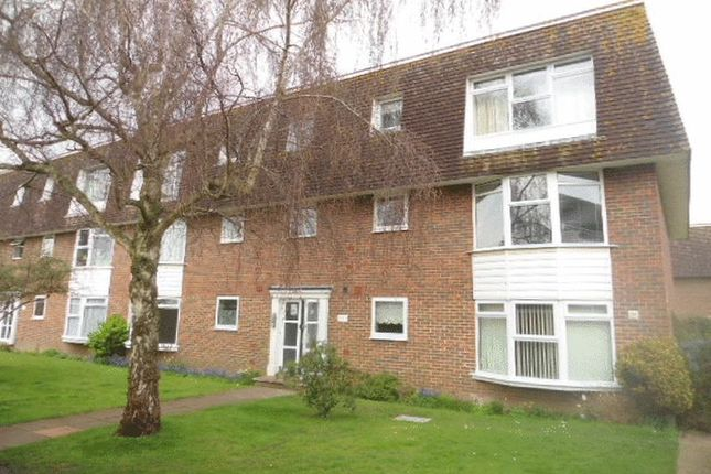 Thumbnail Flat to rent in Greystone Avenue, Worthing