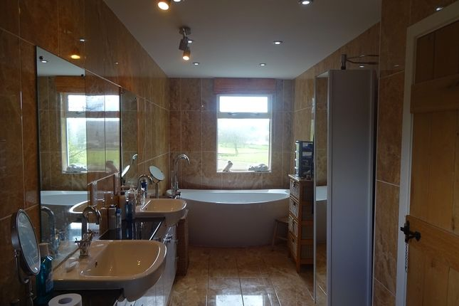 Master En-Suite of Ribigill Ramsay Wood, Gatehouse Of Fleet, Castle Douglas, Dumfries And Galloway. DG7