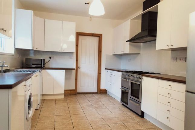 Thumbnail Semi-detached house to rent in Douglas Road, Nottingham