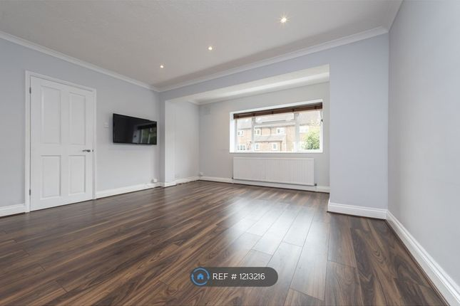 Thumbnail Terraced house to rent in Cedar Close, Warlingham