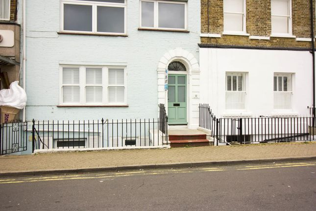 2 bed flat for sale in Victoria Parade, Broadstairs