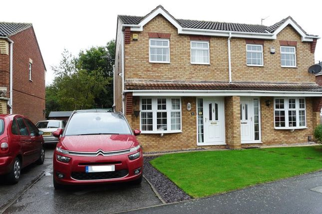 Thumbnail Semi-detached house for sale in Lingfield Close, Saxilby, Lincoln