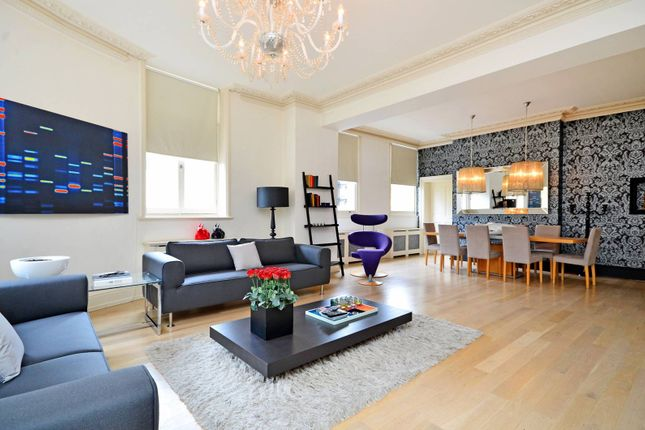 Thumbnail Flat for sale in Northumberland Avenue, Covent Garden