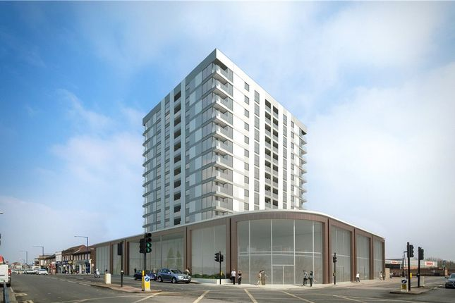 Thumbnail Flat for sale in Station Road, Edgware
