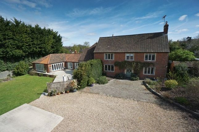 Thumbnail Detached house for sale in Main Road, Cherhill, Calne