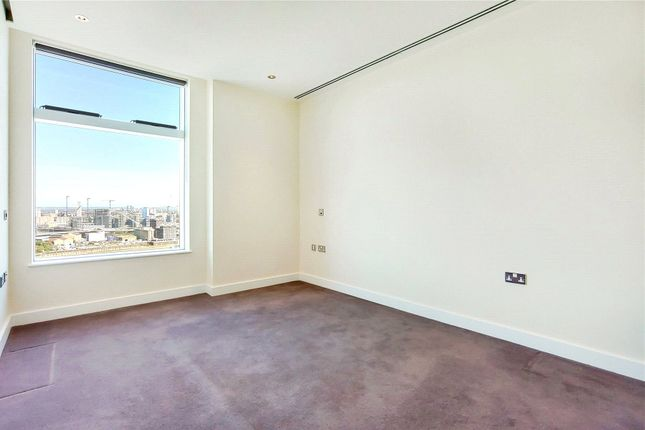 Picture No. 17 of Arora Tower, 2 Waterview Drive, London SE10