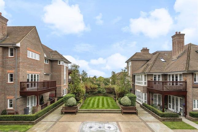Thumbnail Flat for sale in Hammers Lane, Mill Hill, London
