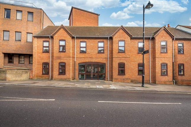 Office to let in Oxford Square, Oxford Street, Newbury