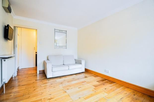 Living Room of Old Mill Lane, Bray, Maidenhead SL6