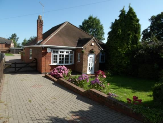 Thumbnail Bungalow for sale in Ashby Road, Woodville, Derbyshire