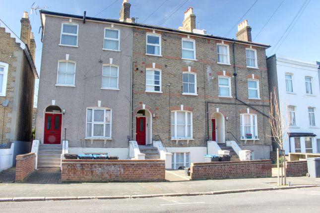 Thumbnail Flat to rent in Elgin Road, Croydon